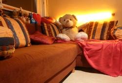 Sofa mit Teddy