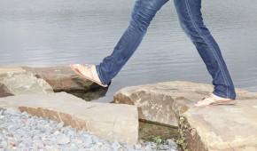 Auf Steinen gehen