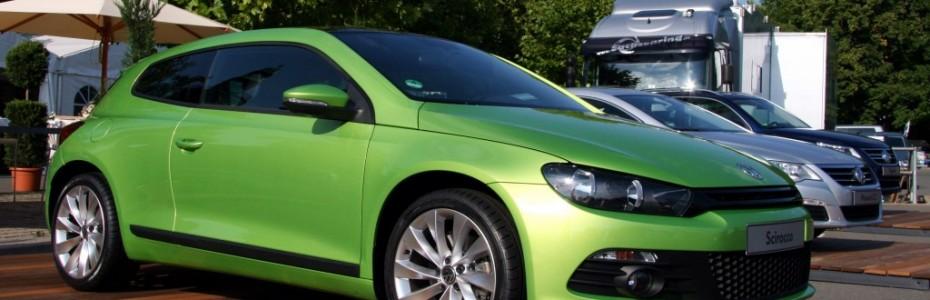 Wir waren in den letzten Wochen auf der Suche nach einem grünem Scirocco. Ich nahm einen Fyler von Meeting Jesus und schrieb drauf, dass der Besitzer doch bitte zurück rufen sollte, da wir das Auto gern leihen würden. Unser erster Satz, der in diesem Moment fiel:'Gott ist genial!'