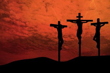 Vor gut mehr als 2000 Jahren starb Jesus am Kreuz. Wie es dazu kam und warum er an diesem Tag sterben musste, möchten wir Dir heute erklären.
