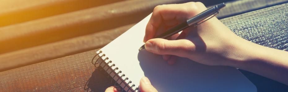 Ich fühlte mich unter Druck, weil ich dachte: 'Ich muss was schreiben, ich muss euch beliefern, 24/7 am Besten, immer erreichbar und leistungsfähig sein'. Wenn ich mal nicht auf eine Nachricht geantwortet habe, weil ich es nicht geschafft habe, hatte ich ein schlechtes Gewissen.