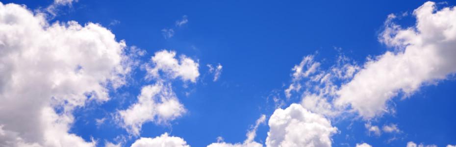 Plötzlich tauchte am komplett blauen Himmel eine Wolke auf. Sie war nicht groß, aber groß genug, um Schatten zu spenden. So bin ich von dem einen Dorf ins andere komplett im Schatten gelaufen. Das war so angenehm. Ich musste herzhaft lachen und schrie einfach nur ein 'Danke' gen Himmel hoch.