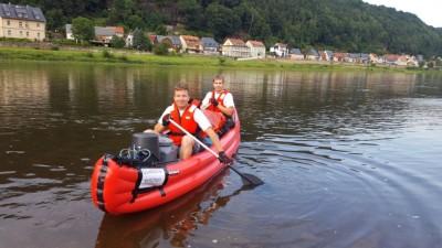 Philipp und Kevin im Boot